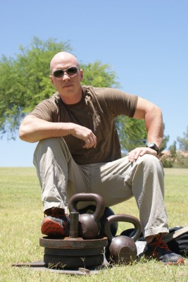 """""""Outlaw"""" Kettlebell coach, Troy Anderson"""